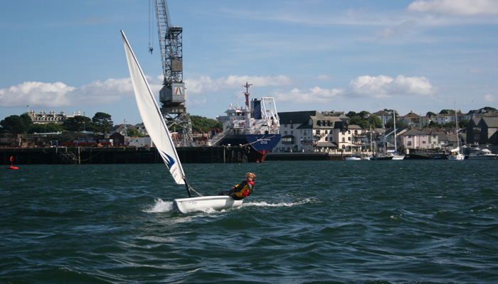 Sailing courses in Cornwall