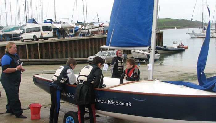 Sailing courses for children in Cornwall